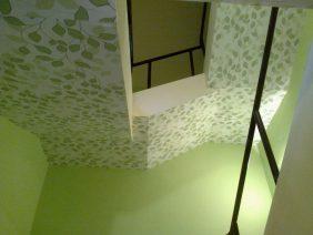 Lépcsőház festés-tapétázás #3
