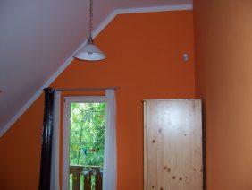 Narancs-fehér hálószoba 1